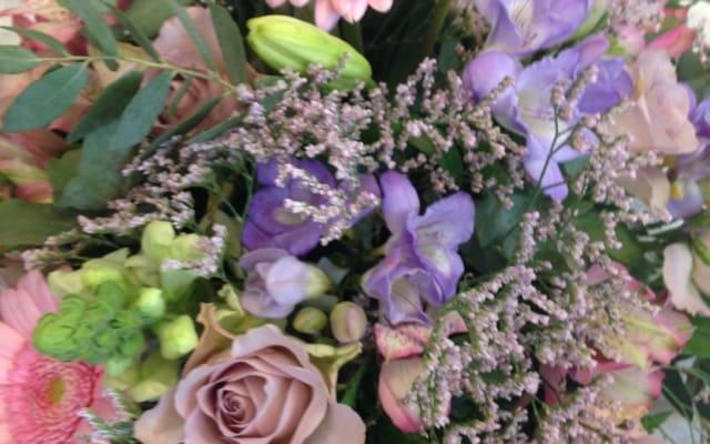 Krans til begravelse - fra Søstra til Morten AS